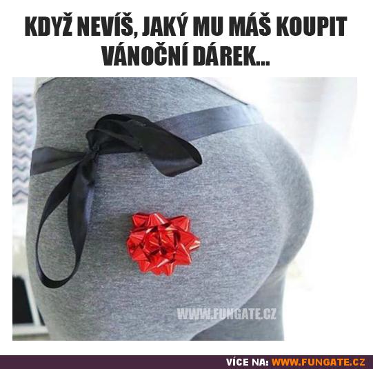 Když nevíš, jaký mu máš koupit vánoční dárek...